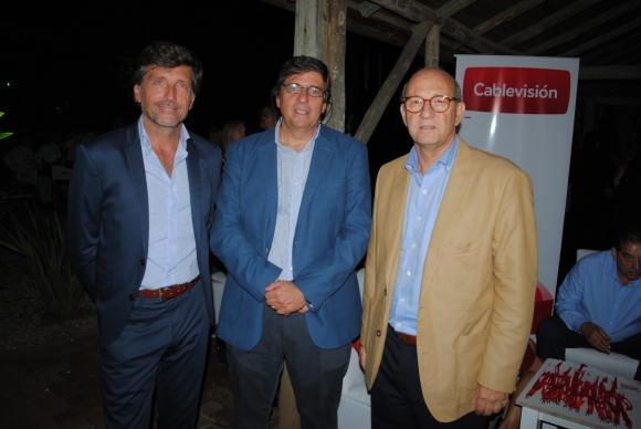 Presidente Punto Ogilvy & Mather, Guillermo Scheck, Administrador General de El País y Emilio Vidal, Director Comercial.