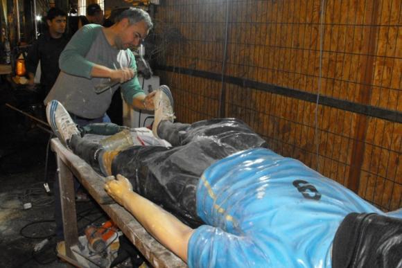 Reparan la estatua de Luis Suárez. Foto: Luis Pérez.