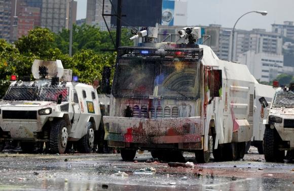 Con cientos de heridos y más de una treintena de muertos, las movilizaciones continúan en Venezuela. Foto: Reuters
