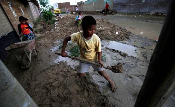 Miles de afectados tras las inundaciones en Perú. Foto: Reuters.