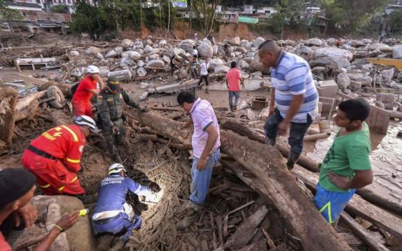 Mocoa seguía ayer sin agua potable ni energía. Foto. AFP