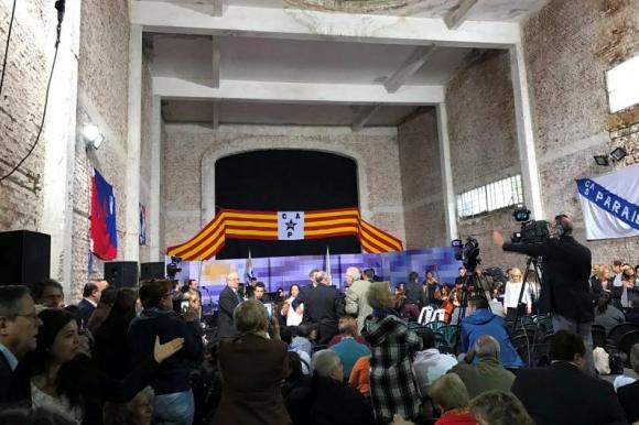 Consejo de Ministros abierto en la sede del Club Atlético Progreso. Foto: Pablo Fernández.