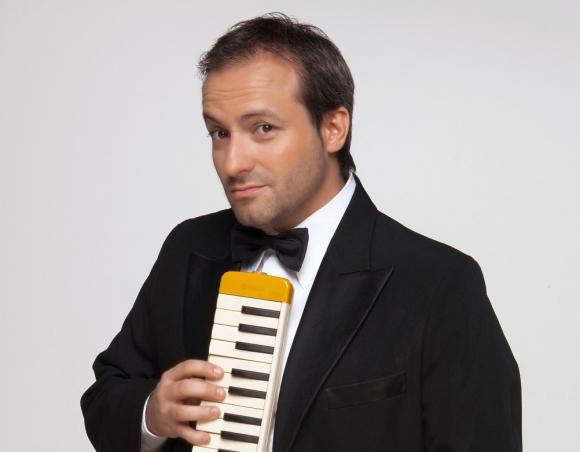 Sebastián Almada.
