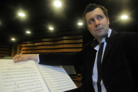 Martín García, catedrático de Dirección de Orquestas (Foto: Ariel Colmegna)