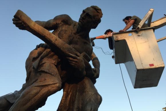 Escaneo del monumento a los fundadores de Colonia Suiza. Foto: patrimonio3d.uy.