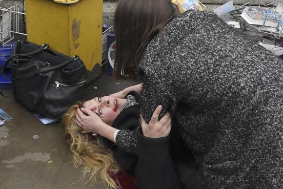 Atentado en Londres dejó cinco muertos y decenas de heridos. Foto: Reuters