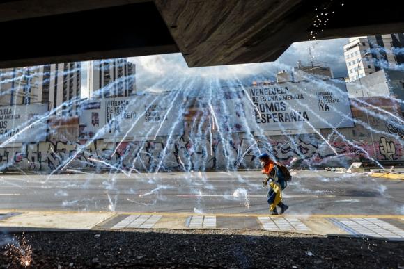 Las protestas llevan dos meses en Venezuela y han causado cerca de 60 muertos. Foto: AFP