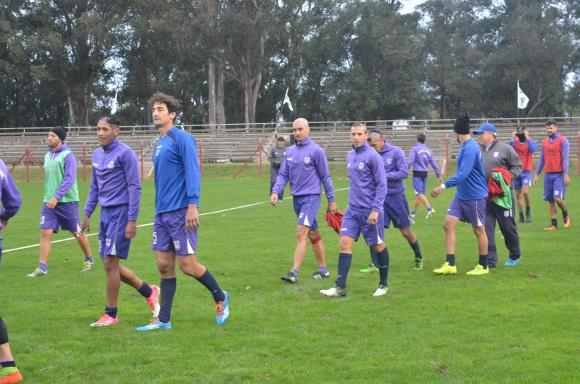 Defensor Sporting finalizó sus trabajos de pretemporada en Flores. Fotos: Víctor D. Rodríguez