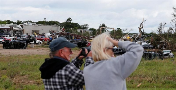 Tornados en Texas dejan al menos 14 muertos. Foto: EFE