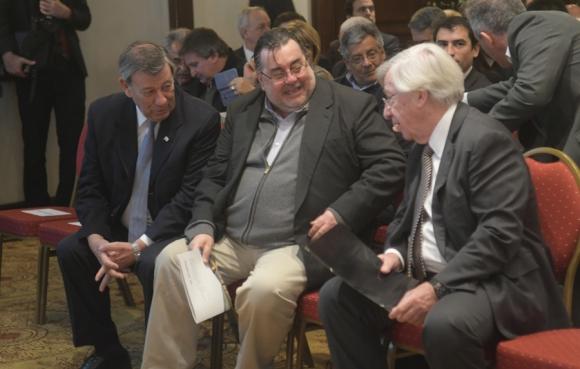 Astori, Nin y el senador blanco Eber Da Rosa. Foto: F. Flores