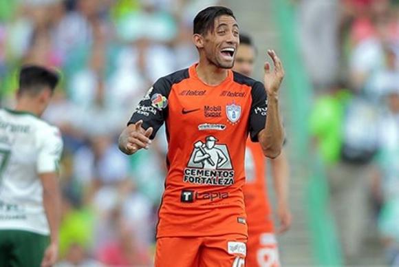 Jonathan Urretaviscaya tuvo un gran partido frente a América. Foto: @InfoLigaMX