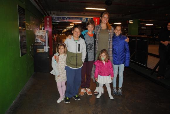 Paulina, Francesco y Valentino Scavuzzo, Katja Thomsen, Pilar Soldo, Catalina Scavuzzo.