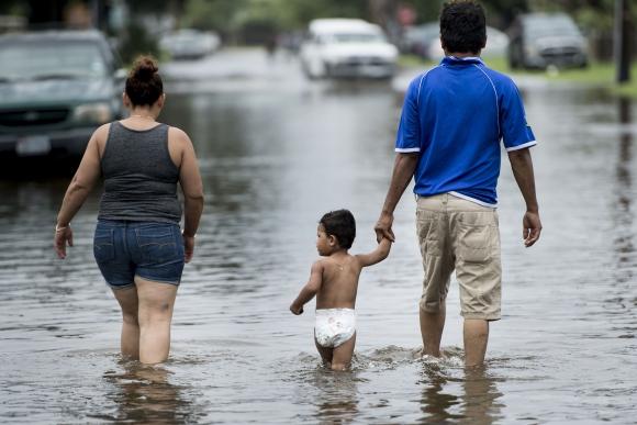Calles inundadas tras el Huracán Harvey en Galveston, Texas. Foto: AFP