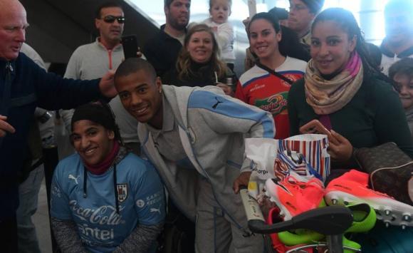 La selección de Uruguay llegó al Aeropuerto de Carrasco tras el Mundial sub 20. Foto: Ariel Colmegna