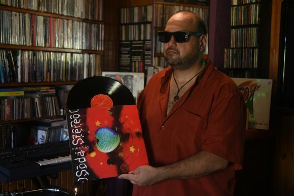 Los remixes de Ariel Perazzoli llegaron hasta Cerati, quién lo felicitó personalmente por sus versiones.