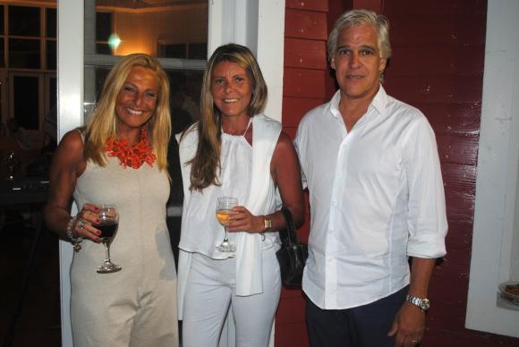Mariela Israel, Anita Jardi, José Gayon.