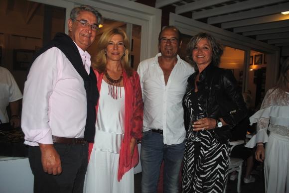 Horacio Vilaró, Carolina Vera, Àlvaro y Ana María Castagnet.