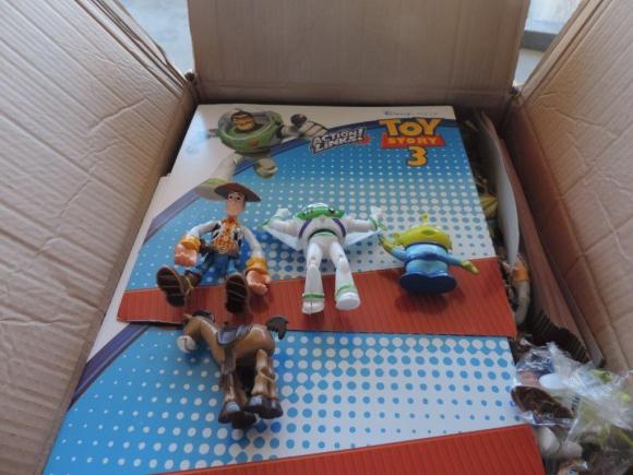 Incautación de juguetes falsos en el Puerto de Montevideo. Foto. Aduanas