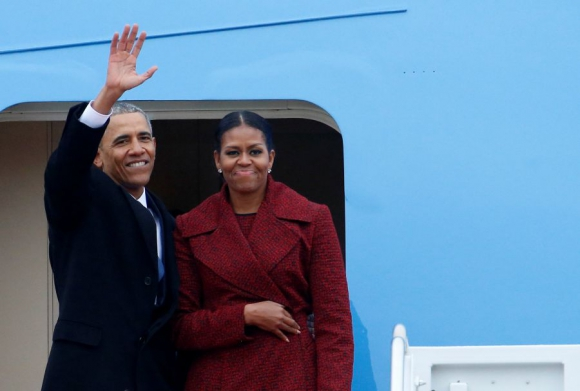 Obama y su esposa Michelle dejaron la capital de Estados Unidos. Foto: Reuters