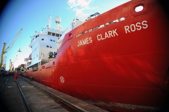 El James Clark Ross partirá de Montevideo luego de ayudar a cumplir un sueño. Foto: Fernando Ponzetto