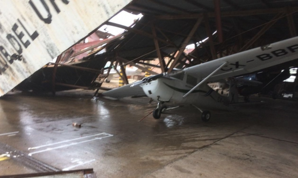 Se registraron importantes daños en el Aeropuerto de Melilla. Foto: @ElOjoChurrinche