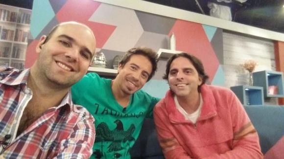Piñe, Rafa e Iñaki comparten la gerencia en la radio y el proyecto La Guitarrita