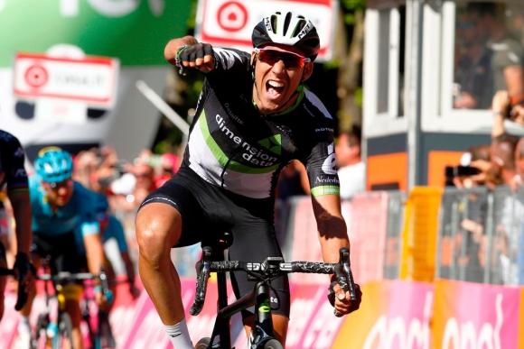 Omar Fraile gana la etapa 11 del Giro de Italia. Foto: AFP