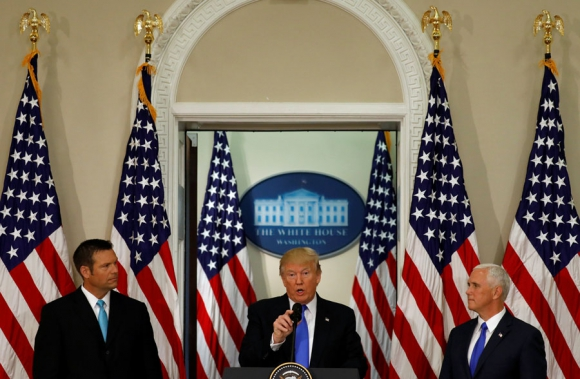 Trump hizo ayer un último intento para que se apruebe la reforma sanitaria. Foto: Reuters