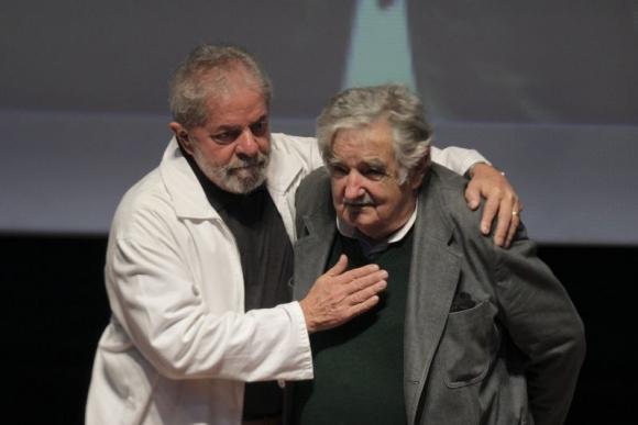 Lula Da Silva y José Mujica en Sao bernardo Do Campo. Foto: EFE.