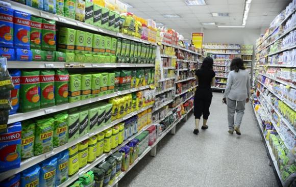 De 374 bienes del IPC, 119 son del rubro alimentos y bebidas. Foto: D. Borrelli