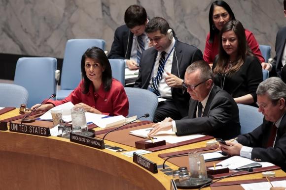 La embajadora Nikki Haley preside la sesión del Consejo de Seguridad. Foto: AFP