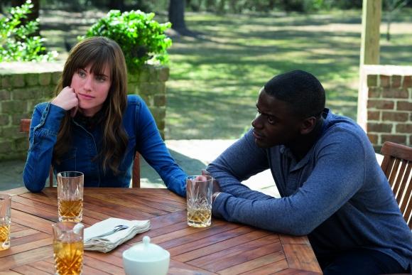 Una pareja interracial protagoniza una historia de terror psicológico.