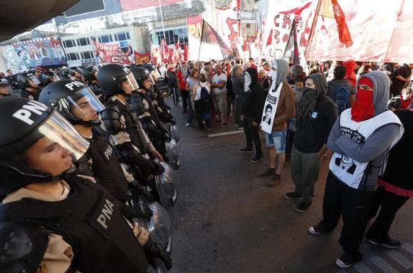 Tensión: Buenos Aires paralizado por la huelga de ayer. Foto: EFE