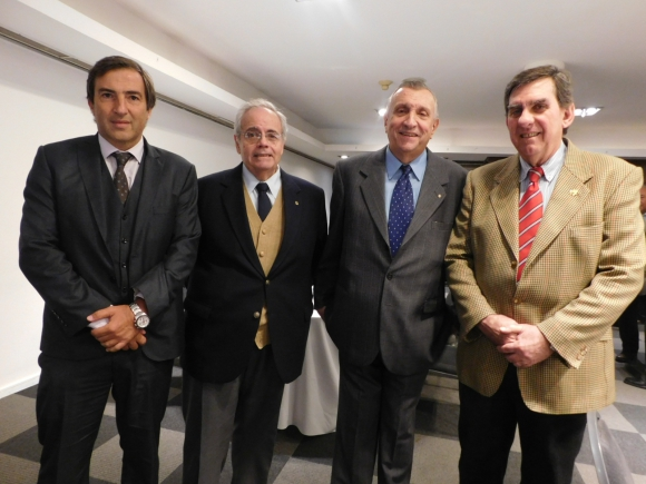 Fernando Vollono, Ernesto Argenti, Ramón Requesensn, Mario Kisich.