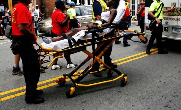 Heridos tras colisión de vehículo. Foto: Reuters.