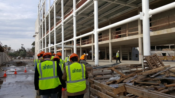 Construcción. Trabajan unas 300 personas. Foto: FUBB