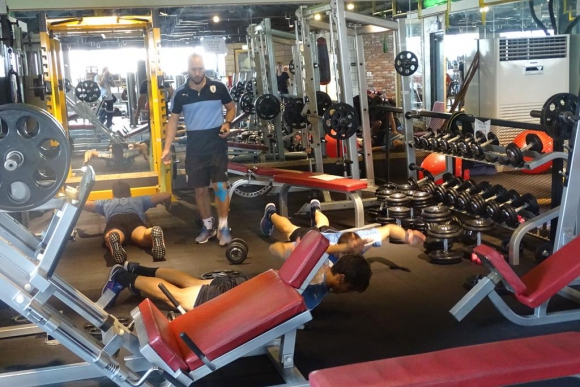 Algunos jugadores hicieron algo de gimnasio en Suwon. Foto: Prensa Uruguay