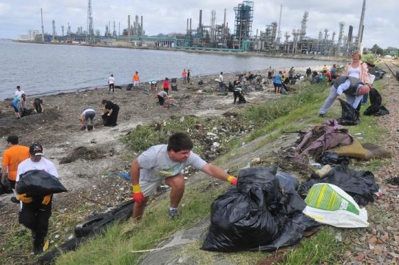 Jornada de recolección de residuos que se realizó el 11 de febrero. Foto: Francisco Flores