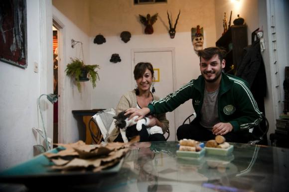 Soledad y Gonzalo conviven hace dos años. Foto: Fernando Ponzetto
