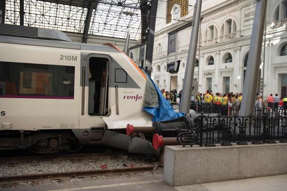 Choque de trenes en Barcelona. Foto: AFP