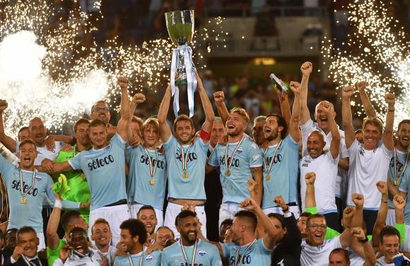 El festejo de Lazio tras la consagración en la Supercopa ante Juventus. Foto: AFP