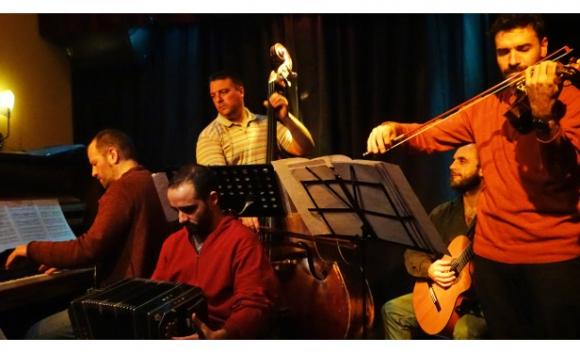 Diego Schissi Quinteto en el Virasoro Bar (foto Marcelo Rodolfo)