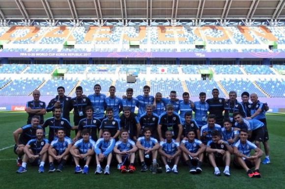 Toda la delegación que está realizando una estupenda Copa del Mundo. Foto: @Uruguay