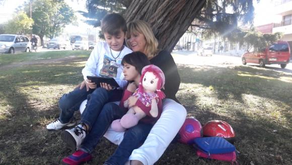 Cristina organiza actividades divertidas para hacer con sus nietos