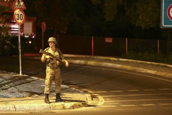 Intento de golpe militar en Turquía. Foto: Reuters