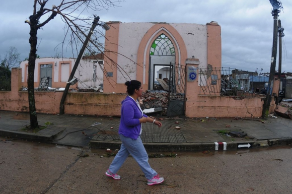 Dolores después del tornado. Foto: Fernando Ponzetto