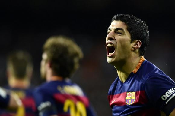Luis Suárez festejando el gol de Barcelona en el clásico ante Real Madrid. Foto: AFP