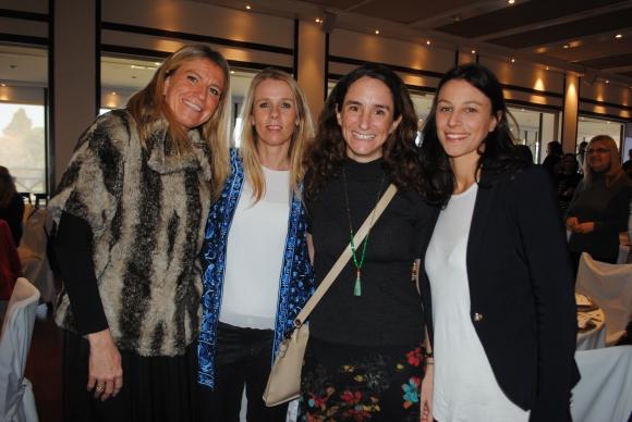 Natalia Hughes, Magdalena Pereira, Carmen Sanguinetti, Ivana Calcaño.