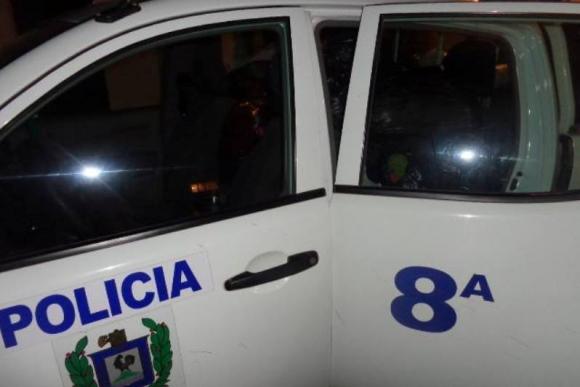 Vehículo de la Policía de Cerro Largo. Foto: Néstor Araújo.