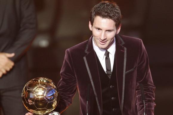 Messi recibió el tercer Balón de Oro en 2011